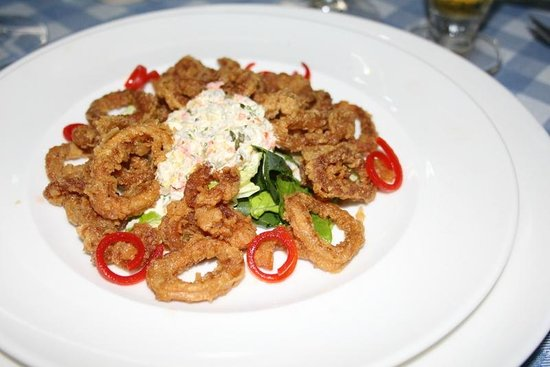 Azul Ixtapa Grand Spa & Convention Center: Calamari at the Italian  a la carte