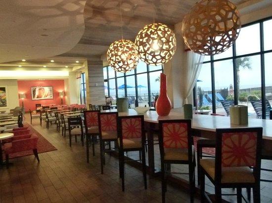 Hampton Inn & Suites Orange Beach: breakfast buffet