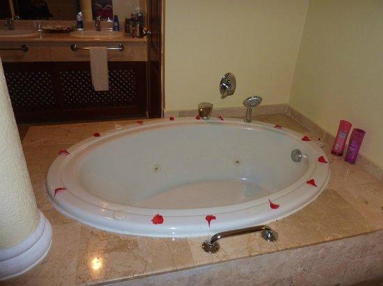 Grand Palladium Punta Cana Resort & Spa: yacuzzi