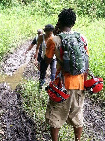 Borikua Tours: Yes !!! We getting dirty and we love it !!!