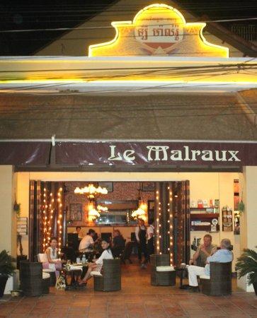 Le Malraux: Nice street cafe