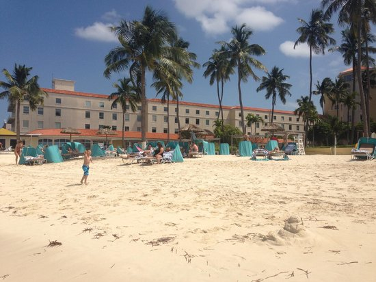 British Colonial Hilton Nassau: Small Beach