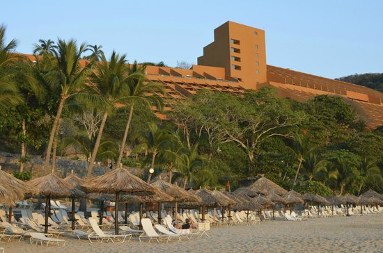 Las Brisas Ixtapa: The stunning architecture