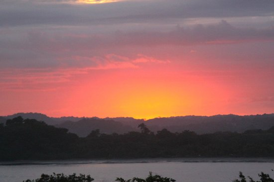 Hotel Guanamar: Middle of Sunset (not enhanced - honestly)!!
