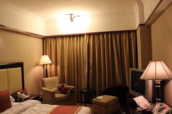 Guangdong Victory Hotel : 內部裝潢略顯古舊,衛生條件也一般