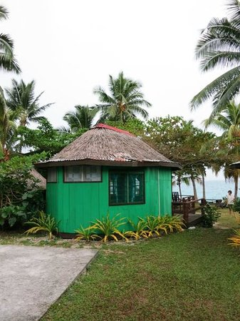 Va-i-Moana Seaside Lodge: Enclosed Fale with private bathroom