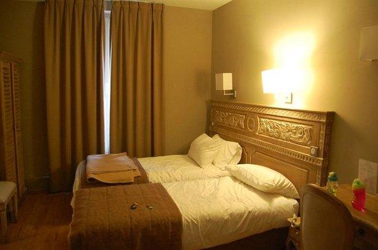 Hotel du Printemps: Our room