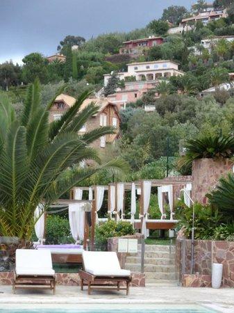 Hotel Tiara Yaktsa Côte d'Azur. : piscina
