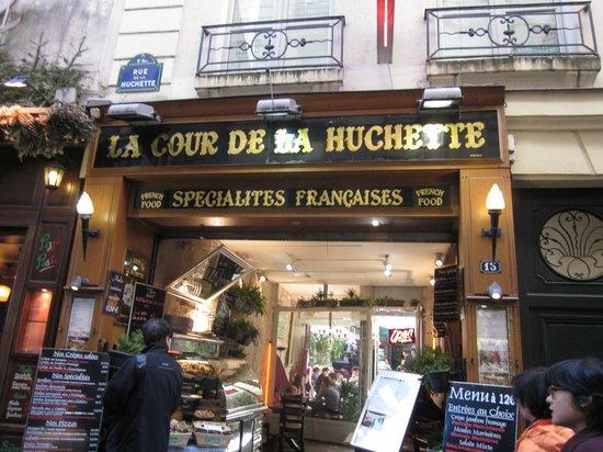 La Cour de la Huchette Restaurant