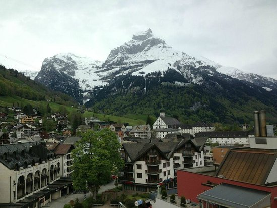 H+ Hotel & SPA Engelberg: View from balcony