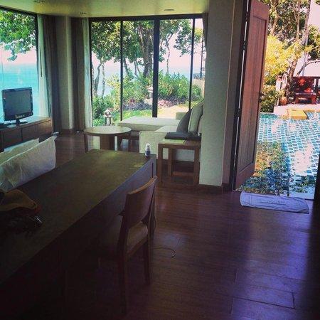 Crown Lanta Resort & Spa : Grand Villa Master Bedroom