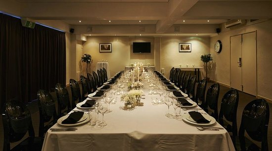 Sunmoon Boutique Resort: The Stirling Suite Private Dining
