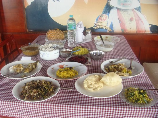 Sreekrishna Ayurveda Centre: sumptuous dinner for 2 - tons of fabulous food