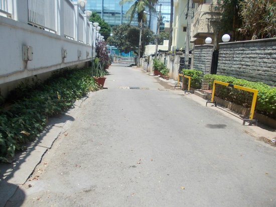 juSTa Off MG Road, Bangalore: Approach driveway from Ulsoor Road. Threes buildings from main road.