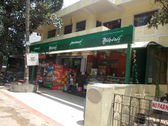 juSTa Off MG Road, Bangalore: Nilgiris shop on main Ulsoor Road, adjacent to JUSTA
