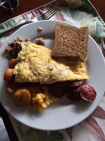 Hotel Lomas del Volcan: full breakfast