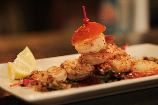 Photo of Mediterranean Restaurant La Movida at 4561, Rue St-laurent, Montreal H2T 1R2, Canada