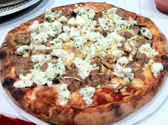 Pizza Bizzar: winner best pizza in the south east at international pizza challenge las vegas