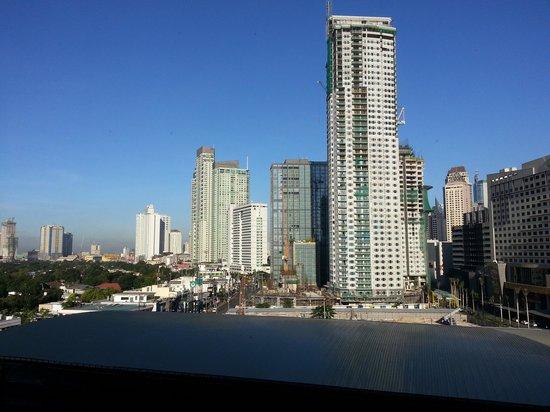 Dusit Thani Manila: вид из окна