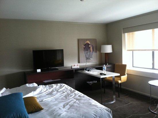 Grand Hyatt Denver Downtown: Corner room -- photo 2