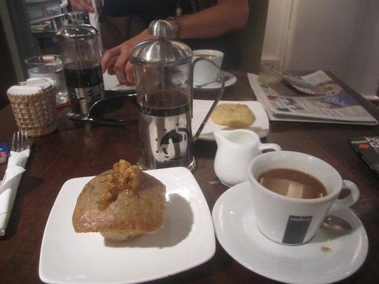 Java Cafe & Gallery: Good Choices