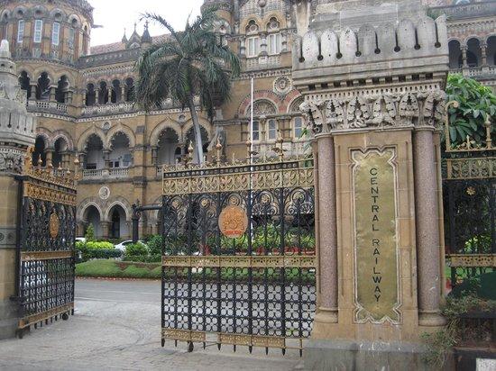 Chhatrapati Shivaji Terminus : FEB2014