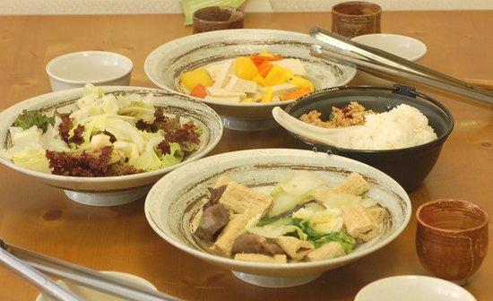 Guli Natural Vegan Restaurant : Abundant portion