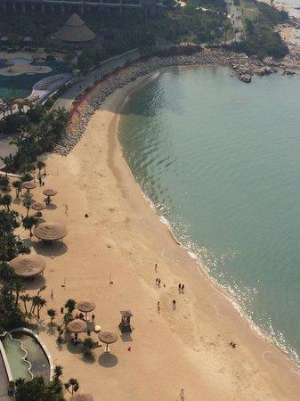 Country Garden Silver Beach Hotel : beach