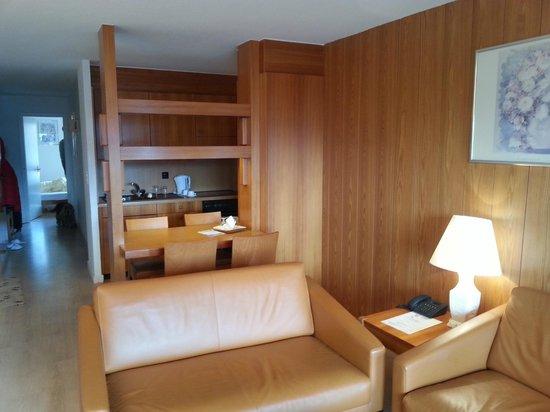 Helvetia Intergolf - Hotel & Apparthotel: Le salon