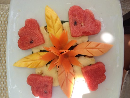 The Island View Restaurant : My fruit masterpiece