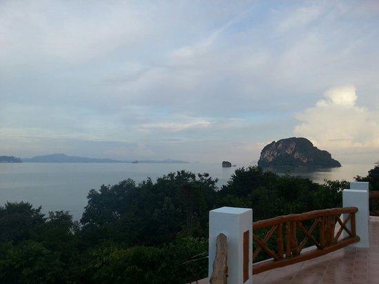 Esmeralda View Resort: bacony