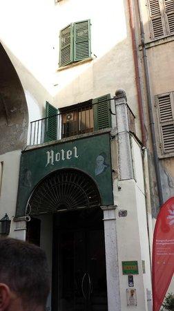 Hotel Dei Gonzaga : Ingresso esterno