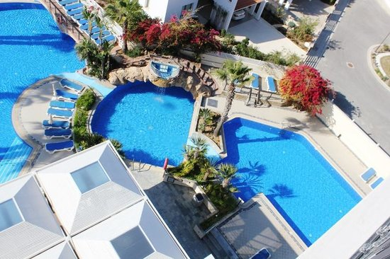 Lordos Beach Hotel: Pool View