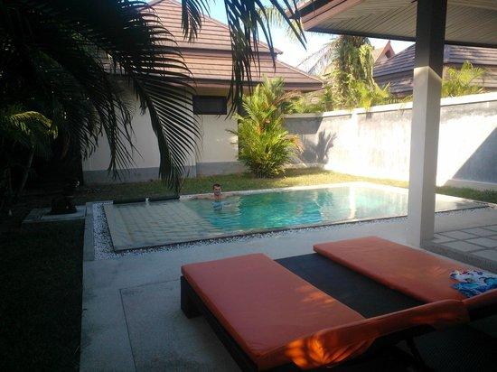 Phuket Pool Residence: piscine