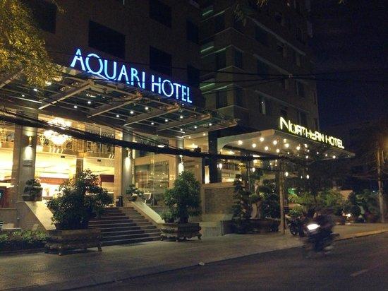 Aquari Hotel: 隣のノーザンホテルと瓜二つ