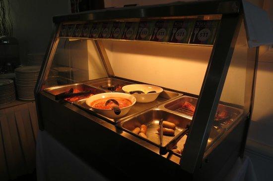 Ibis Styles Cairns : Restaurant - Breakfast