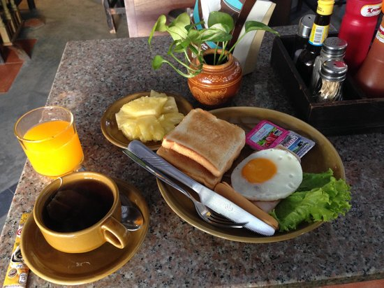 Thong Ta Resort: 朝食はこんな感じです
