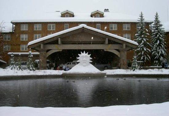Sun Valley Lodge : Lodge. Entrda do hotel