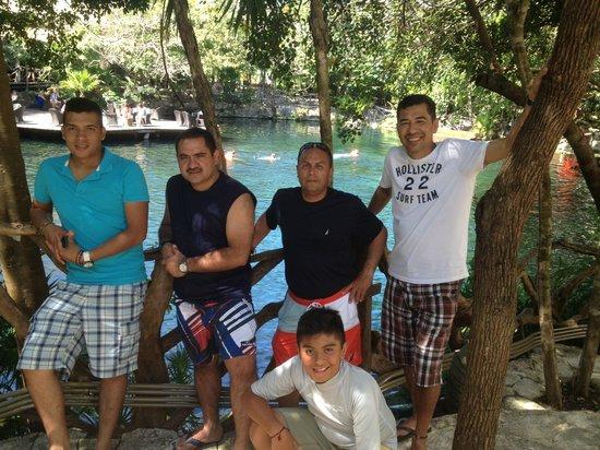 Sandos Playacar Beach Resort : at sandos caracol