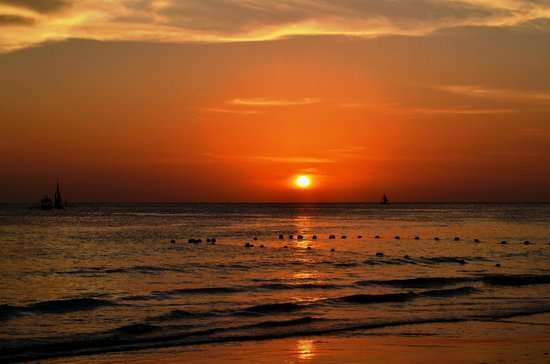 Boracay Travelodge Beach Resort: Boracay Sunset