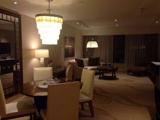 Conrad Macao Cotai Central: Living Room