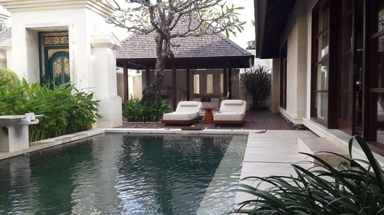 The Royal Santrian, Luxury Beach Villas: love it