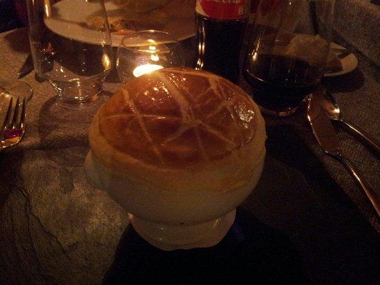 Whitepod Eco-Luxury Hotel : Dôme croustillant de soupe au fendant