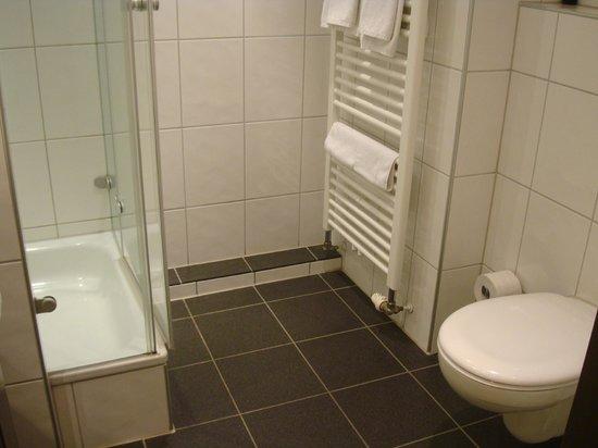 Best Western Premier IB Hotel Friedberger Warte : Bagno