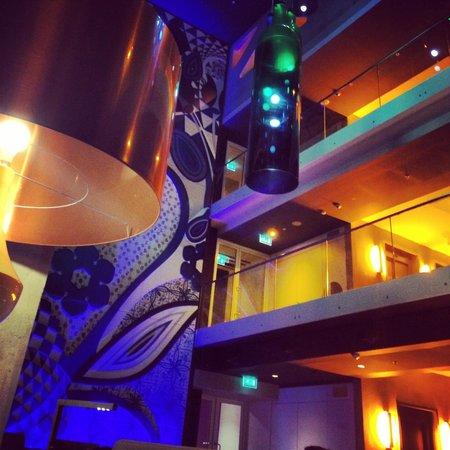 Room Mate Aitana: Lounge Bar - Modern but bad cocktails