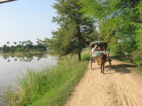 Innwa: Travelling the streets of old Inwa