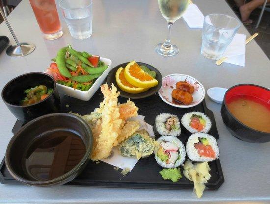 Takara Japanese Restaurant: Takara Lunch