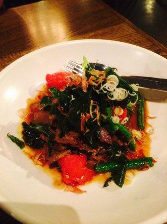 Longrain: Stir Fried Beef with heirloom tomatoes