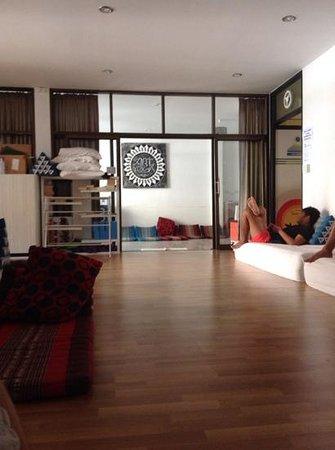 Aonang Backpacker Hostel: the lobby