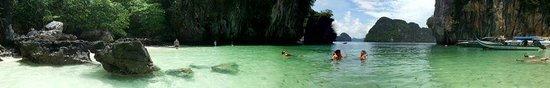 Esmeralda View Resort: La-ding island